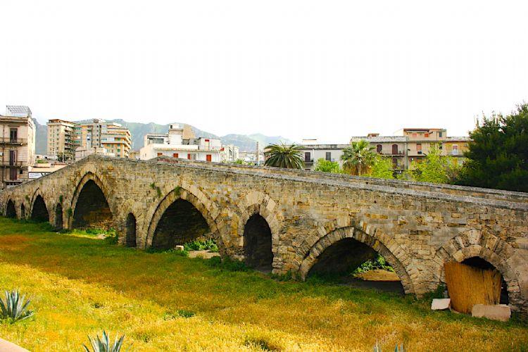Ponte Ammiraglio Palermo Unesco